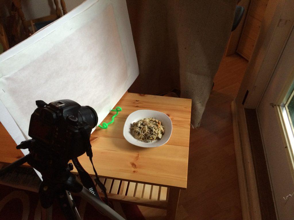 My DIY $20 Lighting Kit for Food Photography